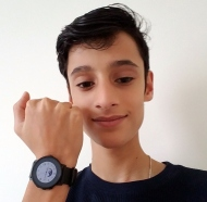 nico-and-his-smartwatch
